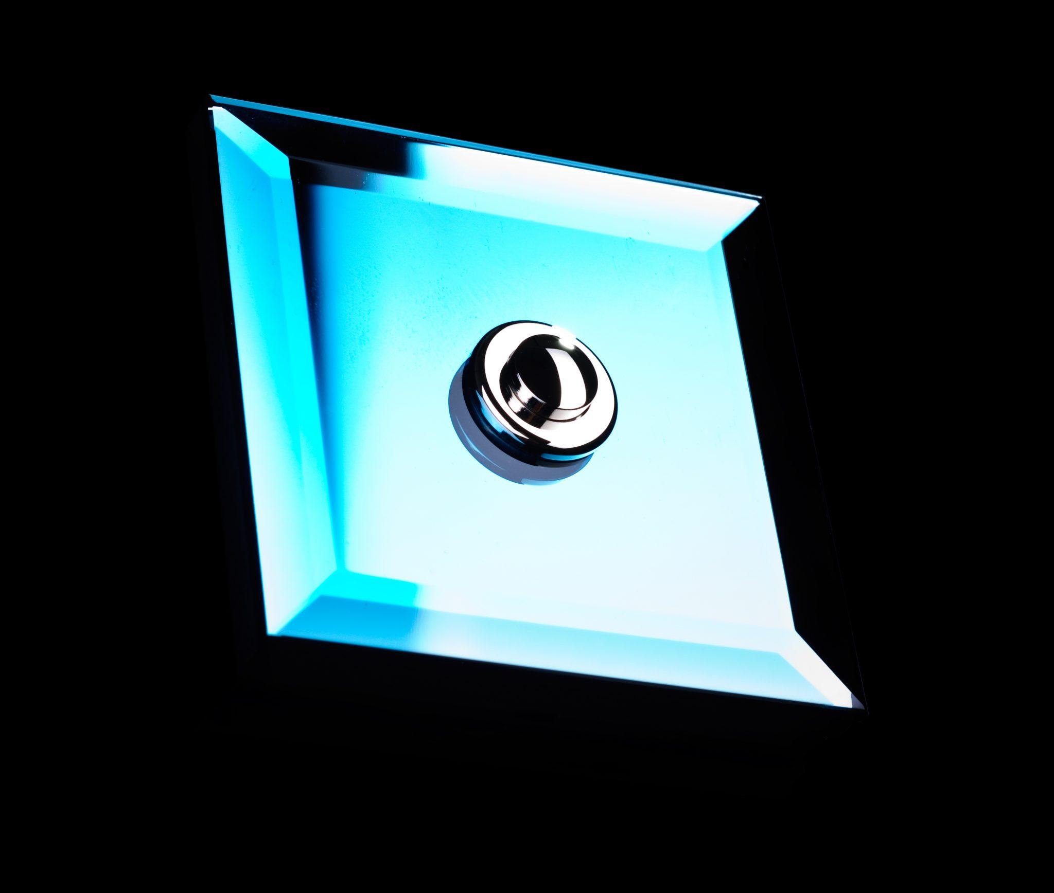 Cudowna CRYSTAL - szklany włącznik światła - Nota Bene YR66