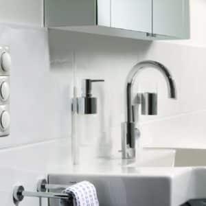 włącznik / wyłącznik światła łazienkowy
